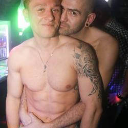 conections gay club
